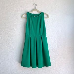 Xhilaration Kelly Green Fit and Flare Dress Sz S